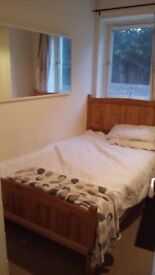 Double Room available. Great location! 2mins from Library and Kittybrewster