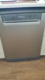 Hotpoint FDL570 Dishwasher (Silver / grey)
