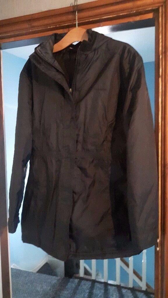 Ladies Black Hooded Jacket/Coat L A Gear Size 16/18