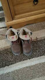 Timberland boots infants size 7.5 great condition only worn a few times
