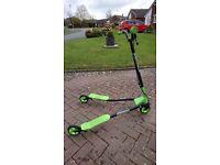 Neon green Sporter flicker scooter