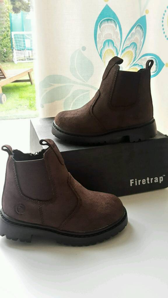 *New* Firetrap size 6 boys boots
