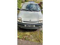 *Price Drop* 2000 Renault Clio for Sale