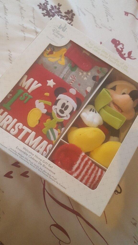 Disney baby 1st chirstmas gift set 3-6 months includes baby romper socks bib and mini bean plush