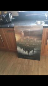 2 Poster frames with posters