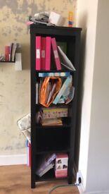 Talk shelf unit