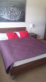 One bedroom in flat share - West Kensington