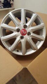 Toyota Igo Alloly Wheels set of 4 15 inch fits new Igo New. Twenty Five Pounds each