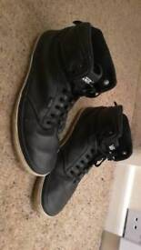 Black leather mens vans. Uk size 8