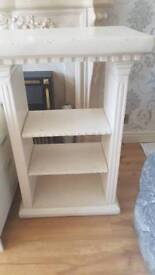 *Priced to sell* tv stand with shelves