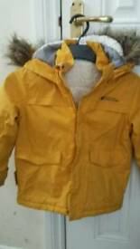 Lovely warm, Girls mountain warehouse jacket! Aged 5-6!