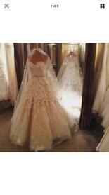 "Ian Stewart ""Paradis"" wedding dress and veil"