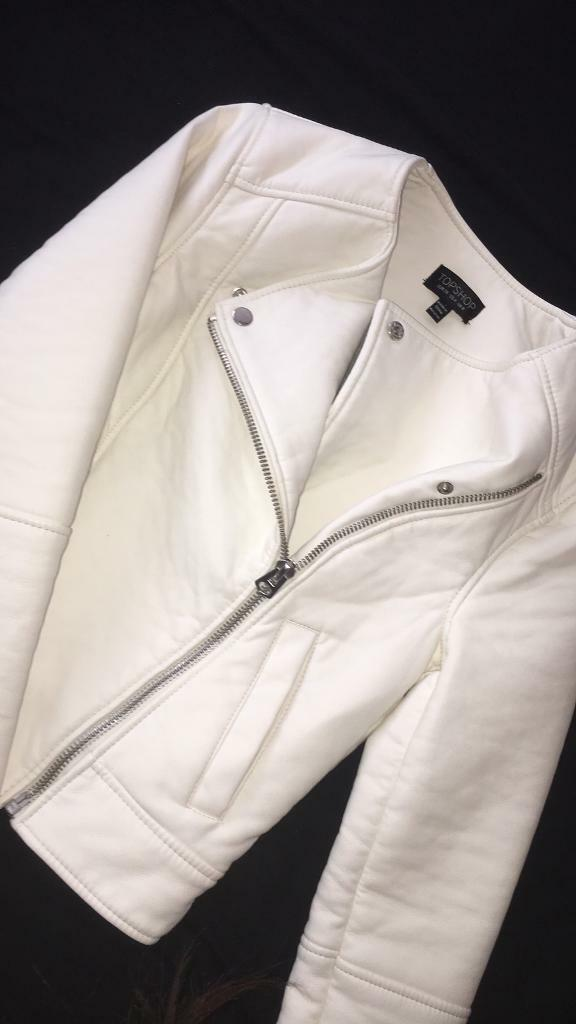 Leather jacketin Lockleaze, BristolGumtree - Size 8 white jacket never worn, amazing condition, bought for 55 selling for cheap!