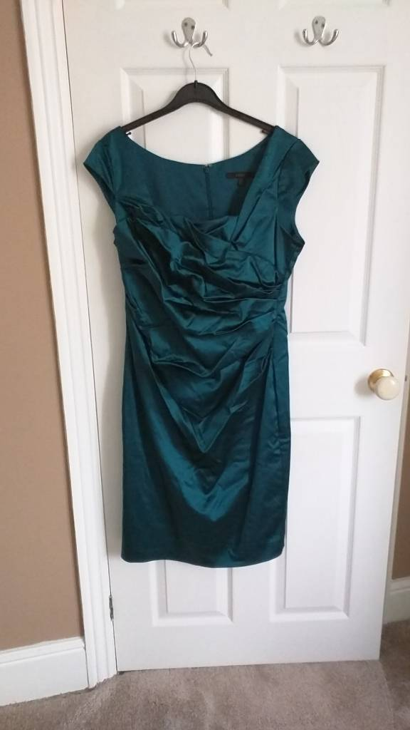 Coast cocktail dress. Green/blue. Size 16