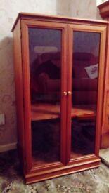 Legatte Hi-Fi Cabinet (Leon Levin)