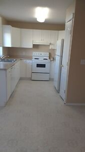 2 Bedroom Town House South with GREAT INCENTIVES!!!! Edmonton Edmonton Area image 1