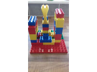 LEGO PLAYING BRICKS
