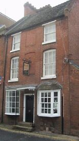2 Bed Flat, Newport town center, £500 pcm, AVAILABLE NOW