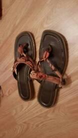 Flip flops clarks