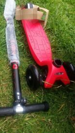 New Micro Maxi Scooter Red