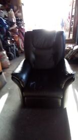Black Electric Recliner Chair