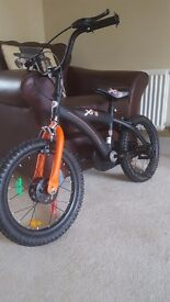 Kids 16 inch bike in excellent condition as hardley used. Still sold in Smyths toys