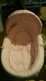 Moses basket very good condition