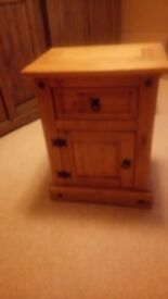 2x Pine Bedside Cabinets