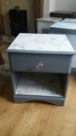 Pretty upcycled bedside table