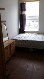 Furnished double Room flat share £500 inclusive