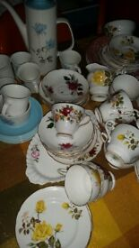 Various china/crockery. Inc Royal Doulton & Meakin