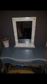 Lovely vintage style dressing table with mirror