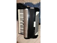 HOHNER Carena IIIM Piano Accordion 120 Bass 41 Treble Keys Black ,**good play and good condition***