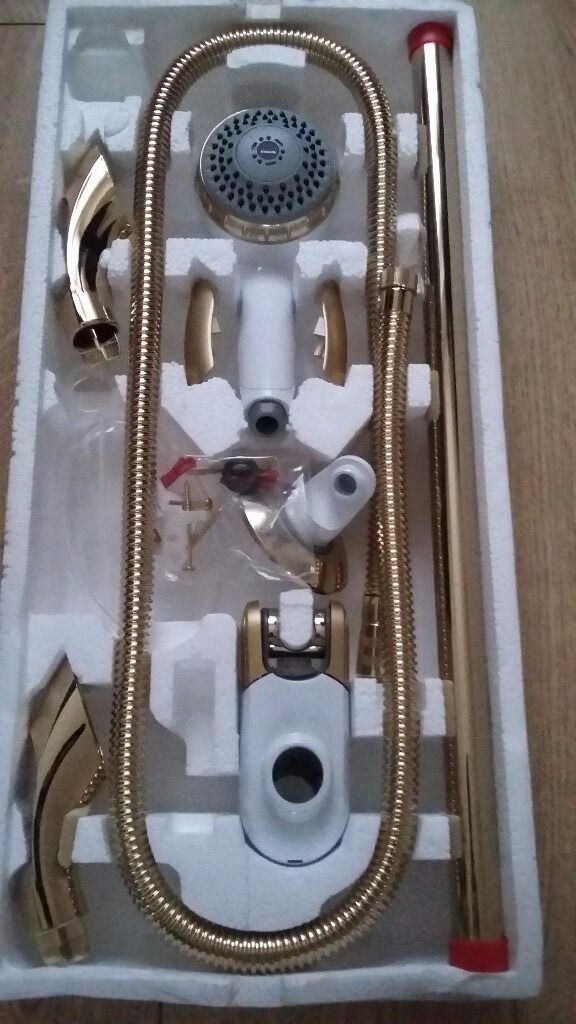 Aqualisa shower head and fittings