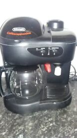 De Longhi Coffee and Cappucino Machine, excellent condition