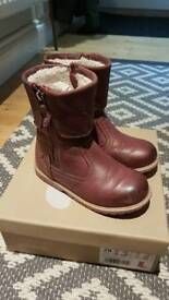Girls winter boots size 11 genuine leather