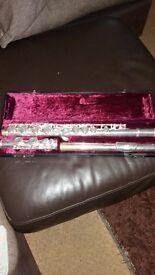 Prelude conn selmer fl-700e flute