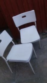 CHAIRS WHITE