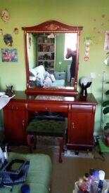 Dressing table very good condition with chair