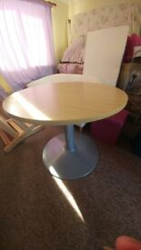 Small Round Dinning table for sale
