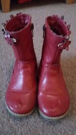 Girls size 7 red boots