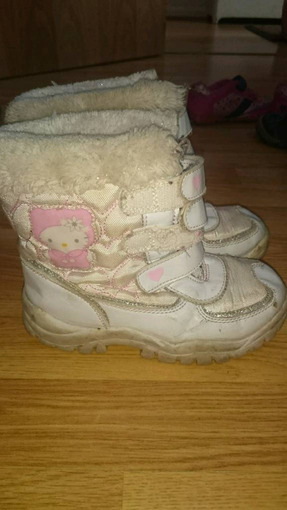 Hello kitty size 10-11 girl boots