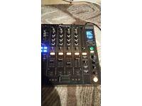 Pioneer djm mixer 800. /no 900 850 or cdj ;)