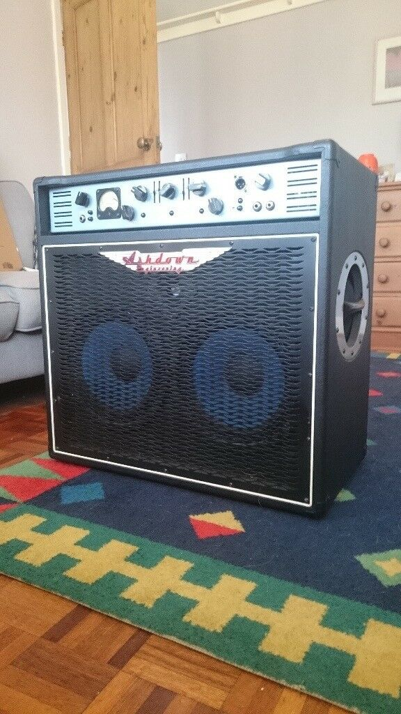 Ashdown ABM 500 (2x10) Bass Combo
