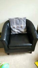 Black tub chair