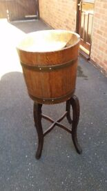 Oak Barrel tub