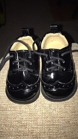 Baby shoes size 3.5