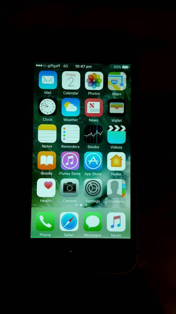 Iphone 5s unlocked mint for swapsin Birmingham, West MidlandsGumtree - Hi there here I have my Apple iPhone 5s mint condition not one scratch. The phone works perfectly fine as it should. Only selling due to an upgrade. This phone is brilliant for any type of person as it has 4G WiFi making it super fast. The phone is...