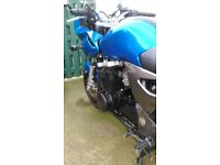 2004 Kawasaki ZR7 Low mileage and good condition for sale.