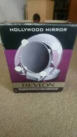 Revlon Hollywood makeup mirror light up fashion beauty